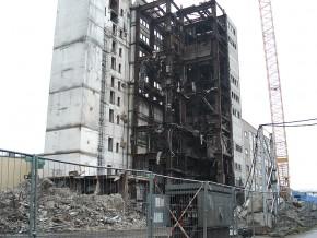 RECYCLING: Rückbau von Gebäuden und Produktionsanlagen sowie Recycling von Alt-Kabeln und Katalysatoren